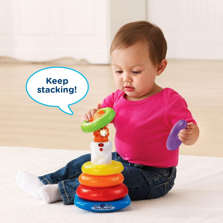 ما هي الألعاب المناسبة للطفل من سن عام إلى عامين